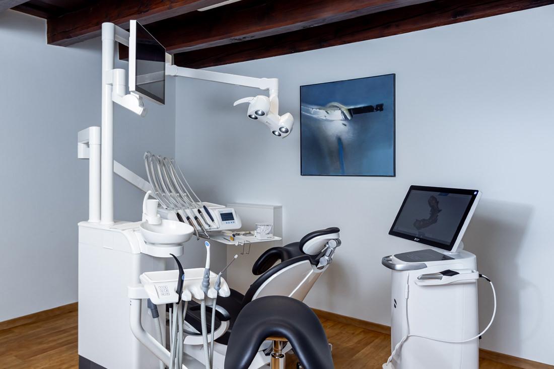 Zahnarzt Rohrbach - Praxis - Behandlungszimmer
